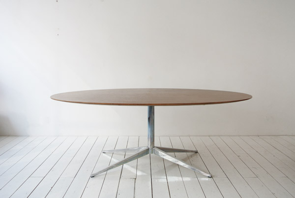 t_florence knoll oval table 3